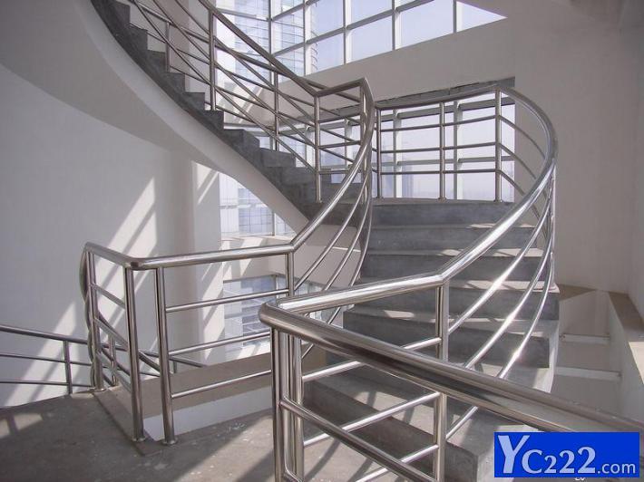 专业安装不锈钢楼梯扶手 防盗窗 卷帘门 不锈钢广告牌